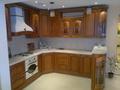 Кухонные гарнитуры (массив)