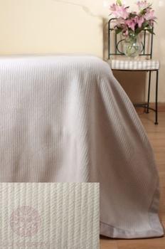 Покрывала Плед-покрывало «Лебяжий пух» 220х240 за 7 000 руб