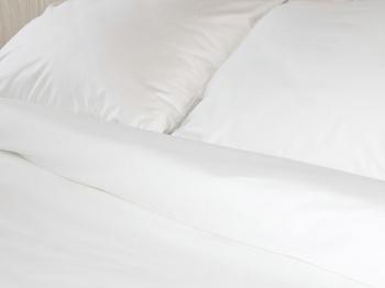 Постельное белье Простынь на резинке «Просто белое премиум» 90х200 за 1 500 руб