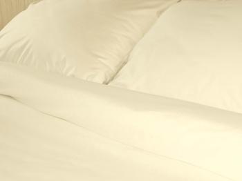 Постельное белье Однотонное постельное белье «Cream Satin» Семейный за 4 000 руб