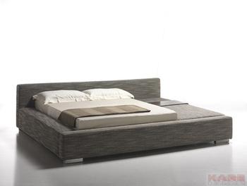 Кровати Кровать Un Po Di Piu 2 160 см с правой стороны KARE + Studio Divani за 191 700 руб