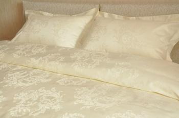 Постельное белье Однотонное постельное белье «Лоза шампань» Семейный за 4 950 руб