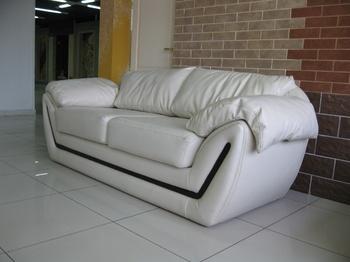 Диваны Кожаный диван за 85 000 руб