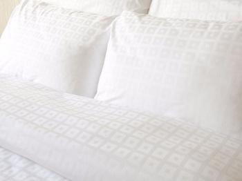 Постельное белье Постельное белье «Квадрат в квадрате», белый Семейный за 4 000 руб