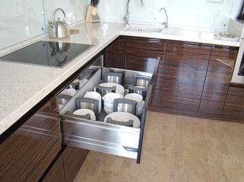 Кухонные гарнитуры Графити за 150 000 руб