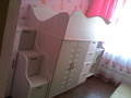 Детский гарнитур с выдвижным столом