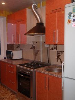 Кухонные гарнитуры Кухонный гарнитур из пластика за 34 000 руб