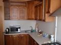 Кухонный гарнитур из массива березы.