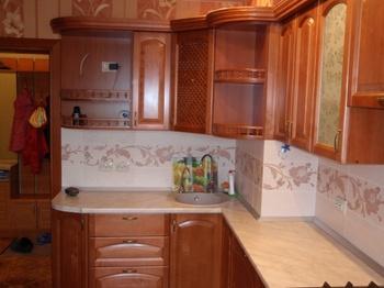 Кухонные гарнитуры Кухонный гарнитур из массива березы. за 90 000 руб