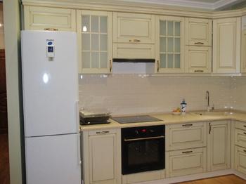 Кухонные гарнитуры Кухонный гарнитур из массива берёзы за 30 000 руб