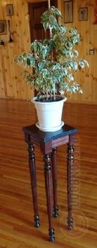 Полки и стеллажи Подставка для цветов за 1 200 руб