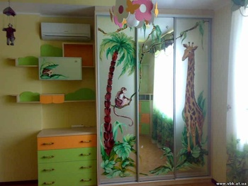 Корпусная мебель Шкаф для детской за 18 000 руб
